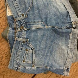 Rag & Bone boyfriend cut shorts sz24